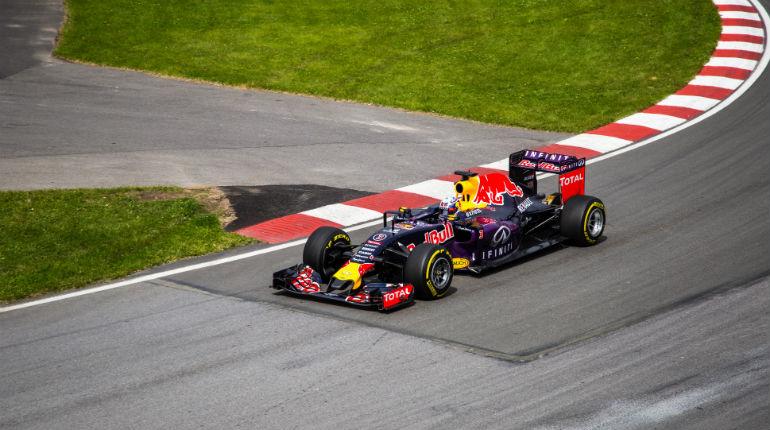 Oplev Formel 1 på tæt hold, og kør selv i Maserati